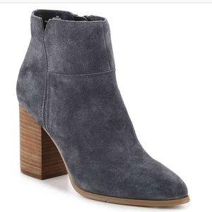 Nine West block heel bootie